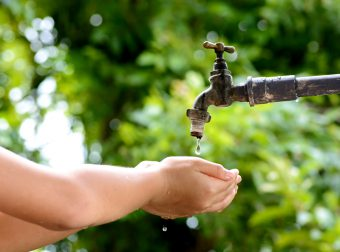 jak nauczyć dziecko oszczędzania wody