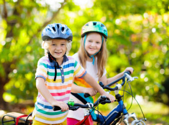 nauka jazdy na rowerze, pierwszy rower, kiedy dziecko powinno jeździć na rowerze